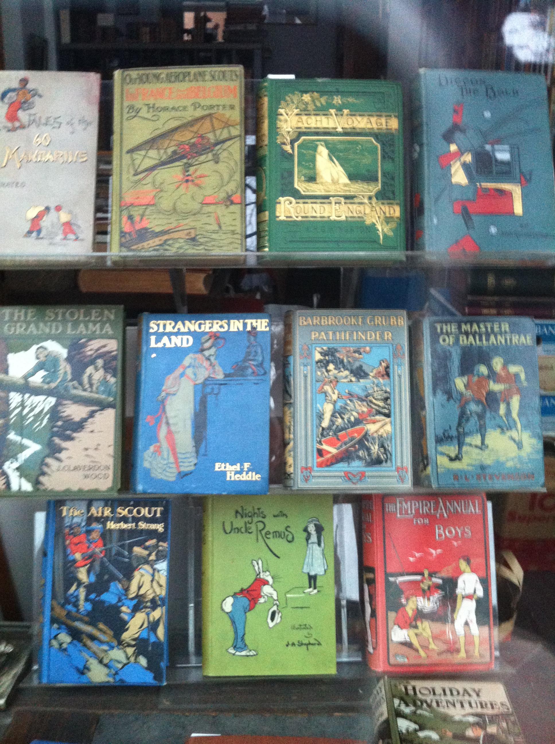Billig vardagslyx #6: böcker i vackra band